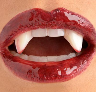 Bloody Vampire Fangs