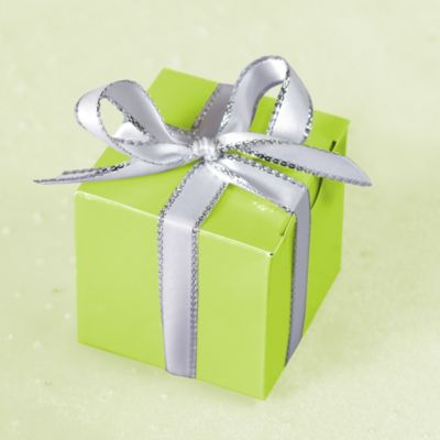Leaf Green Favor Boxes 100ct