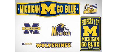 Michigan Wolverines Dorm Room Kit