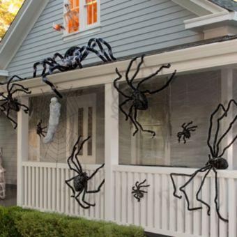 Spiders & Webs Halloween Decorating Kit