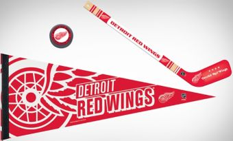 Detroit Red Wings Slap Shot Fan Kit