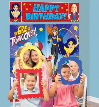 DC Super Hero Girls Photo Booth Kit with Photo Booth Frames