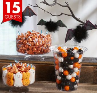 Halloween Candy Kit with Containers for 15 Guests with Bat Decorations