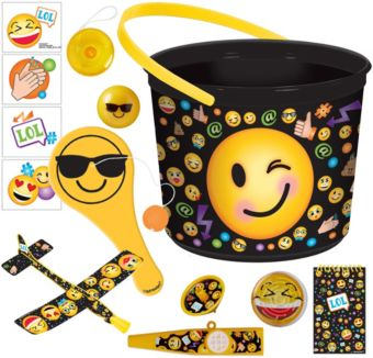Smiley Ultimate Favor Kit for 8 Guests
