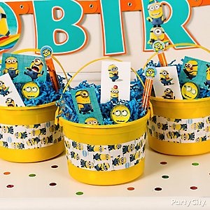 Despicable Me Favor Bucket Idea
