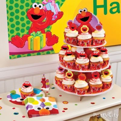 Elmo Cupcake Tower Idea