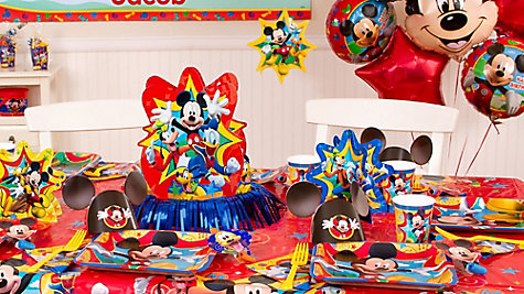 Mickey Mouse Party Table Idea
