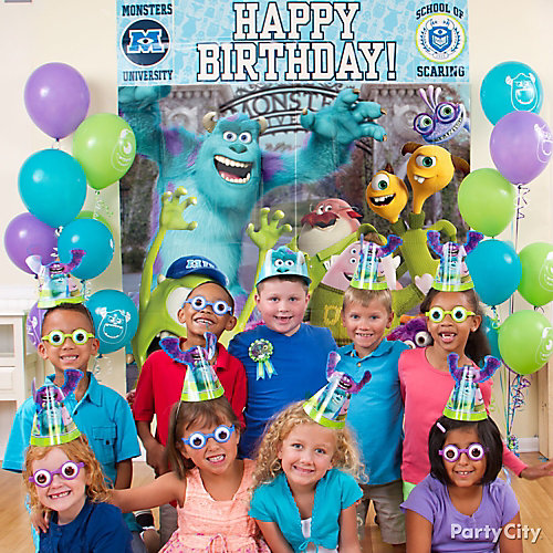 Monsters University Photo Op Idea