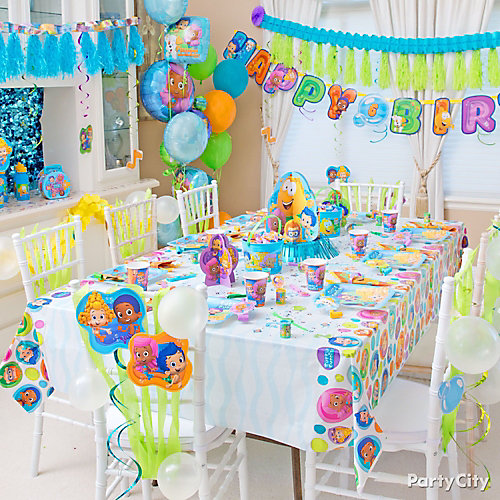 Bubble guppies party table idea party city - Bubble guppie birthday ideas ...