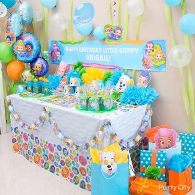 Bubble Guppies Favor Table Idea
