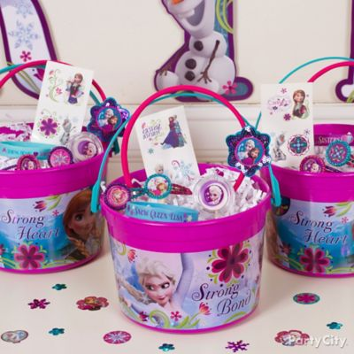 Frozen Favor Bucket Idea Party City