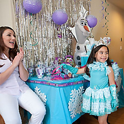 Frozen Dress-Up Table Idea