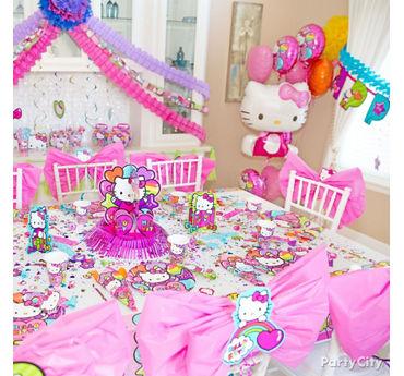 Hello Kitty Party Table Idea