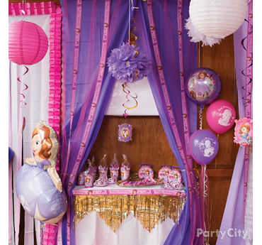 Sofia the First Favors Table Idea & Sofia the First Party Ideas - Party City | Party City