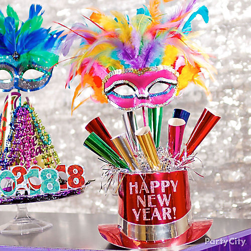 NYE Party Horn Centerpiece Idea