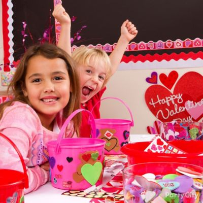 DIY Classroom Decorated Valentine Mailboxes idea