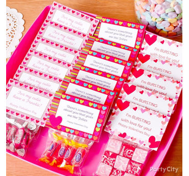 Valentines Day Classroom Candy Favors Idea