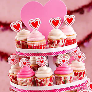 Valentine's Day Cupcake Display Idea