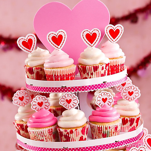 Valentines Day Cupcake Display Idea