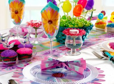 Bright & Colorful Easter Tablescapes