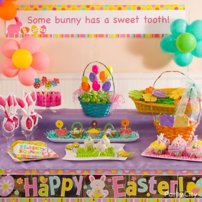 Egg-cellent Easter Dessert Table Idea