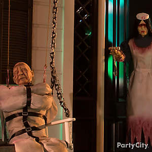 Halloween Mad Patient & Looming Nurse Idea