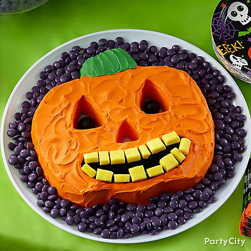 Friendly Jack-o'-Lantern Cake How To