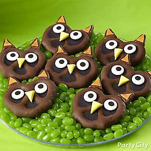 Friendly Candy Owl Pretzel Twists How To