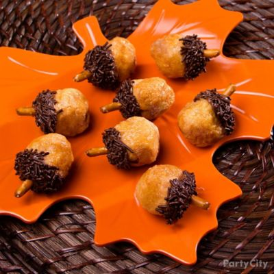 Chocolate Cookie Acorns How To Thanksgiving Appetizer