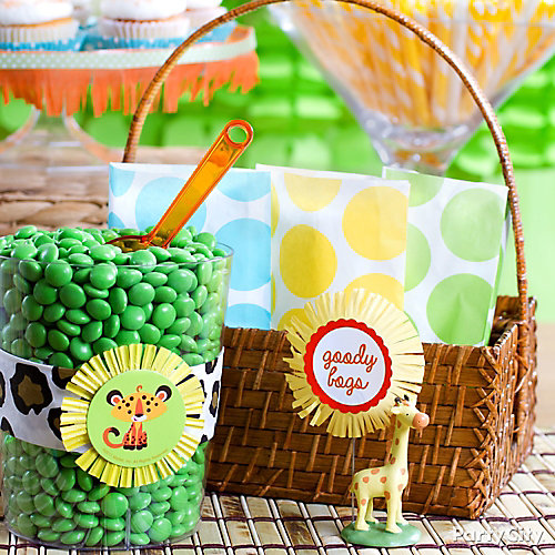jungle theme baby shower favor bags idea  party city, Baby shower invitation