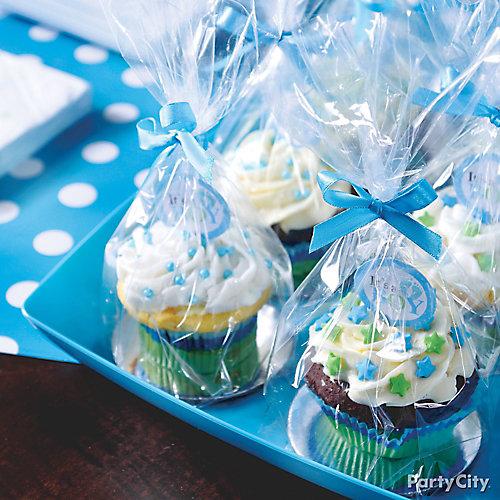 Baby Shower Cupcake Favors Idea