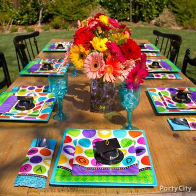 Colorful Grad Tableware Idea