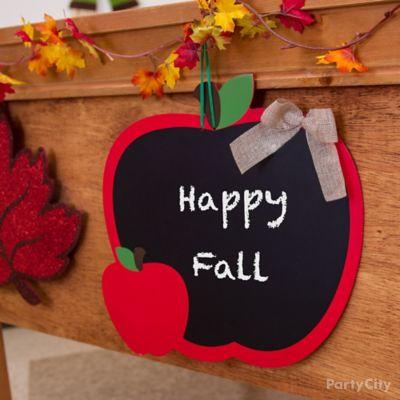 Fall Class Party Desk Idea