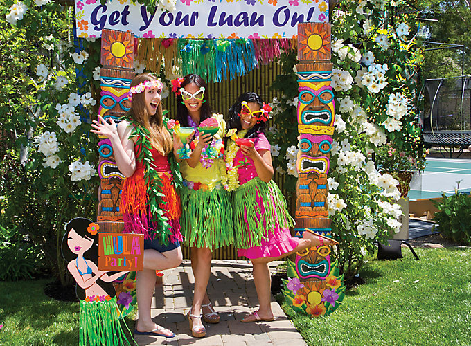 Luau Photo Booth Ideas