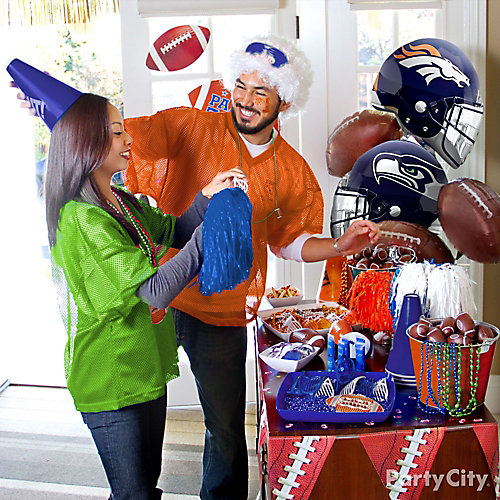 Home Tailgate Favor Table Ideas