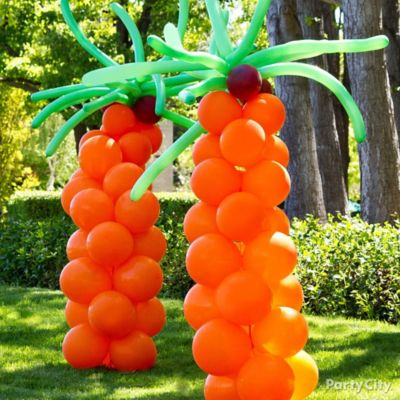 DIY Balloon Palm Trees How To