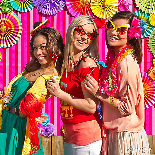 Fiesta Photo Booth Idea