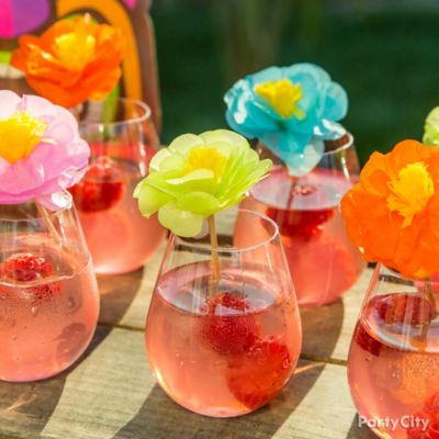 Guava Spritzer Drink Idea