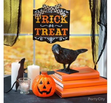 Trick or Treat Window Idea