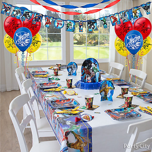 Justice League Party Table Idea