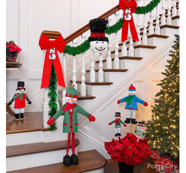 Friendly Snowman Greeter Decor Idea