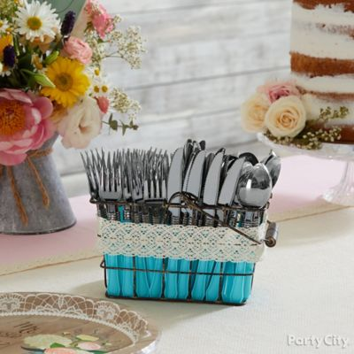 Cute and Cozy Cutlery Display Idea