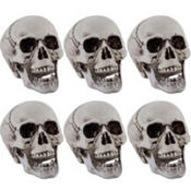 Plastic Skulls 6ct