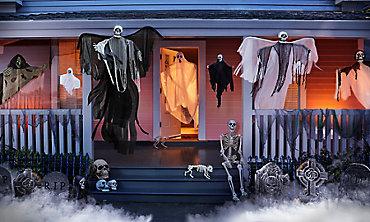 Scary Creatures & Halloween Props