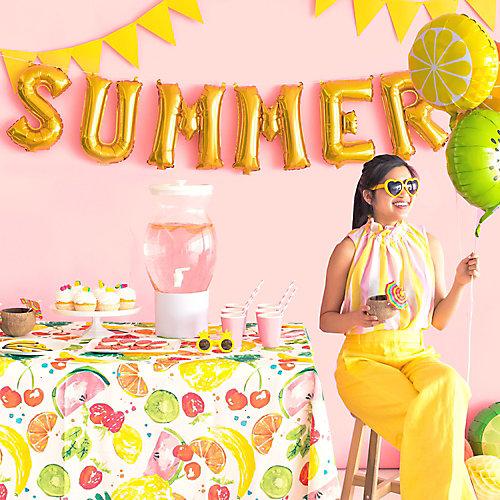 Summer Letter Balloon Backdrop Idea