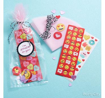 Valentines Day Sticker Bag Idea