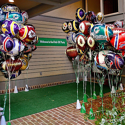 Football Party Entry Decorating Ideas