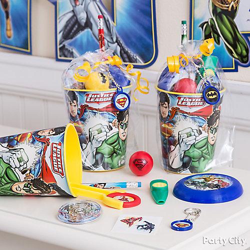 Justice League Favor Cup Idea