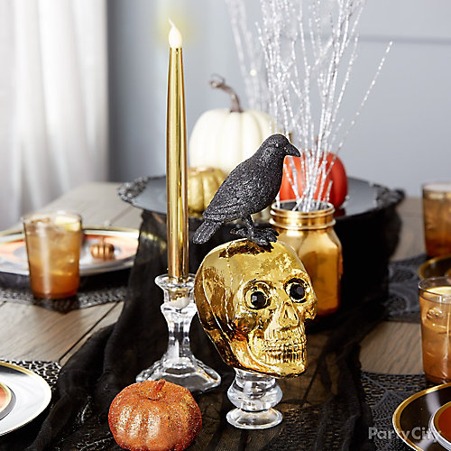 Spooky Chic Centerpiece Decor