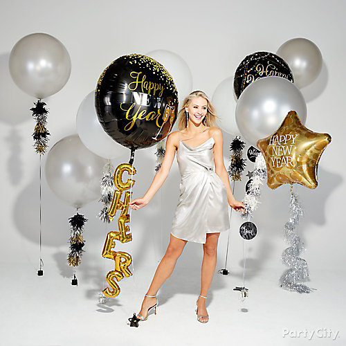 New Years Balloon Tails Idea